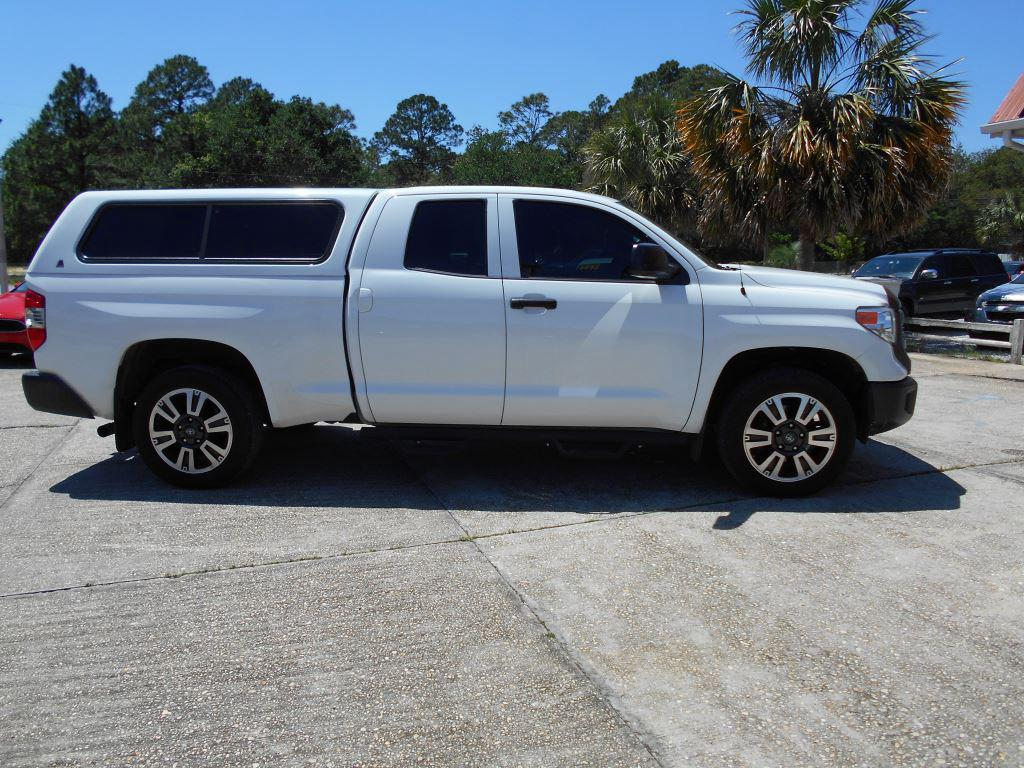 2017 Toyota Tundra  photo