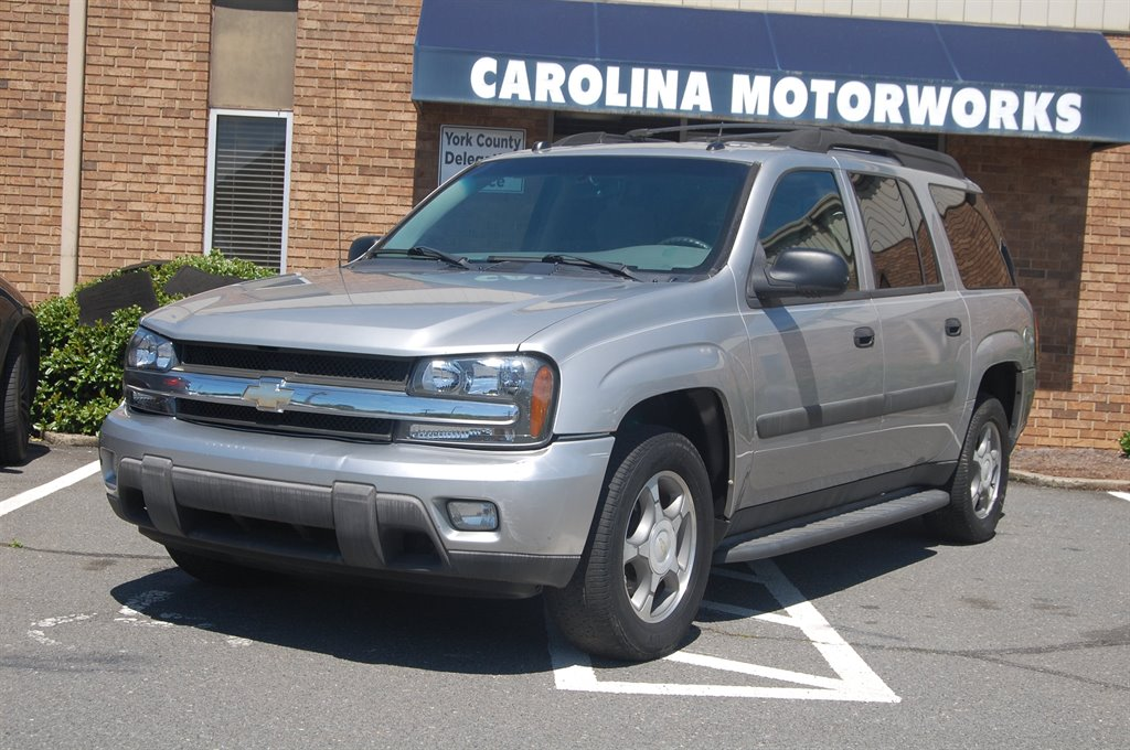 2005 Chevrolet SLX LS photo