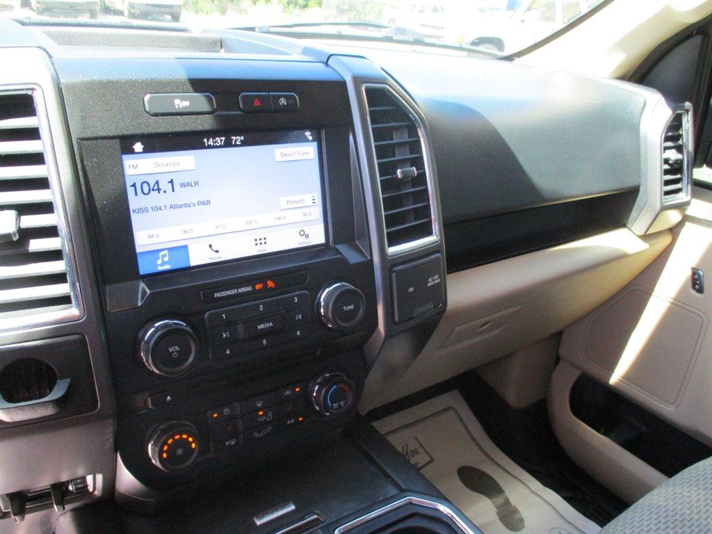 2016 Ford F150 XLT photo
