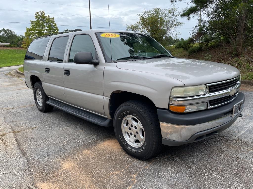 2005 Chevrolet Suburban 1500 LS photo