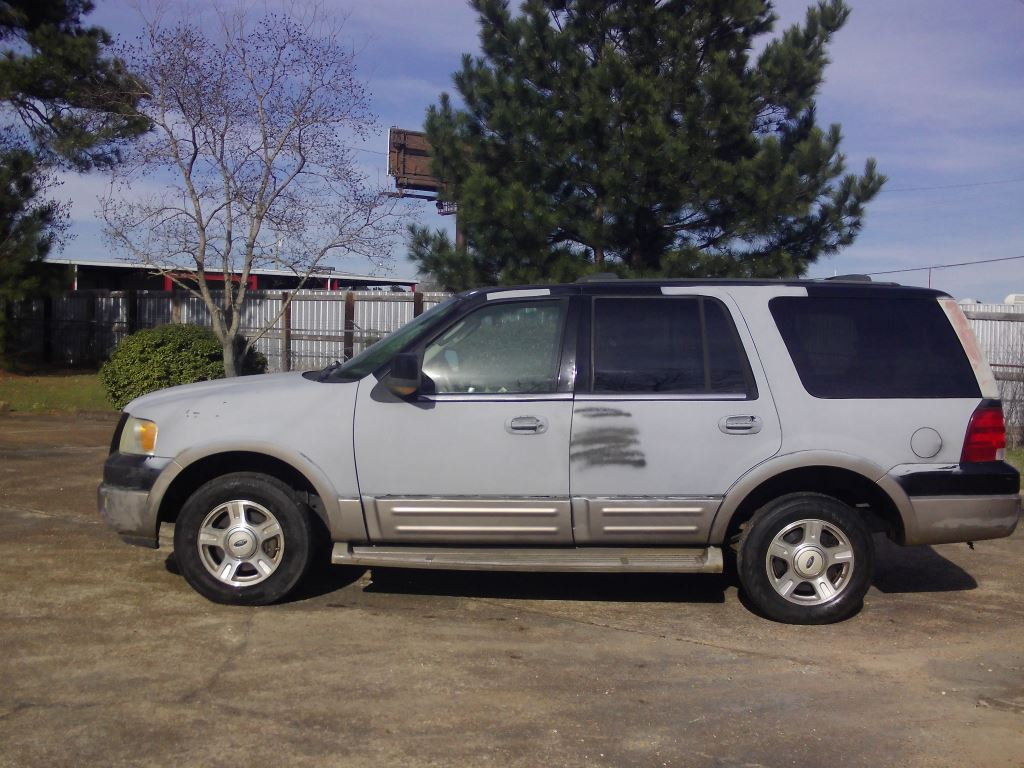 2003 Ford Expedition Eddie Bauer photo