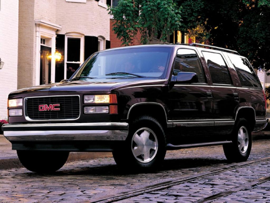 1999 GMC Yukon SLT photo