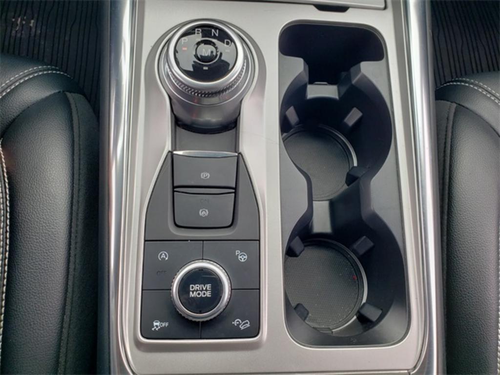 2020 Ford Explorer ST photo