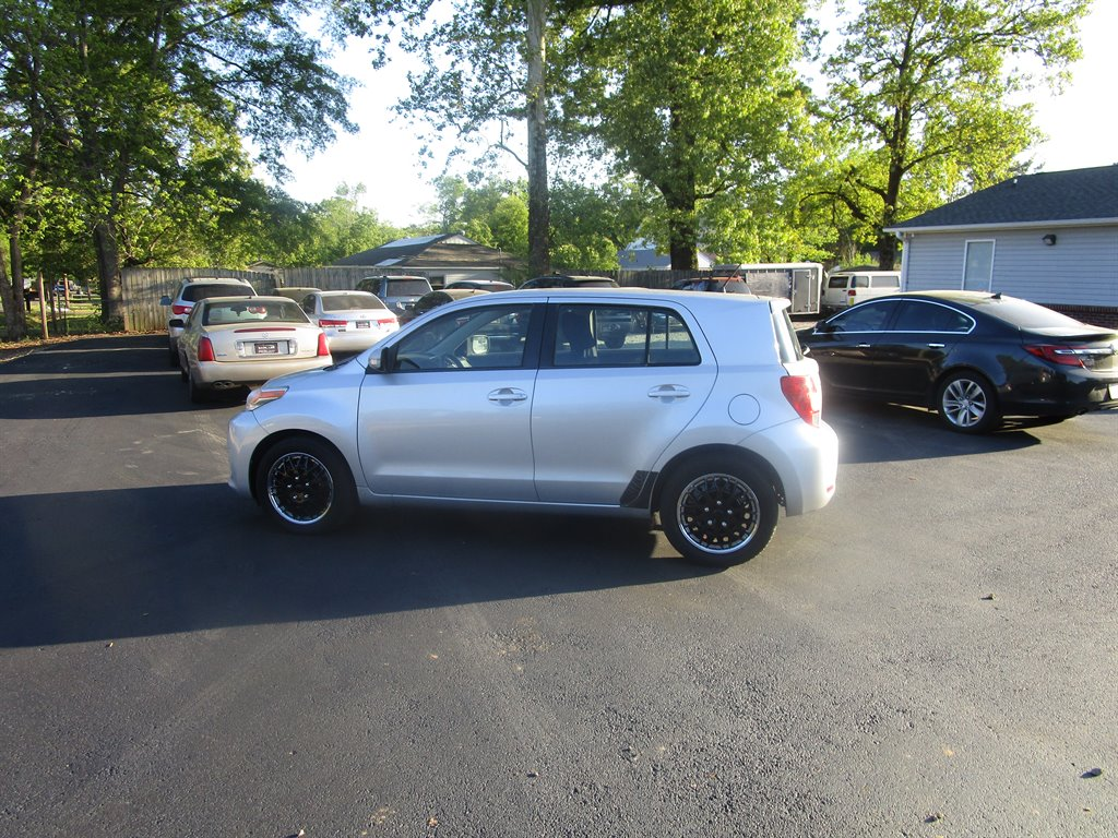 2008 Scion xD photo