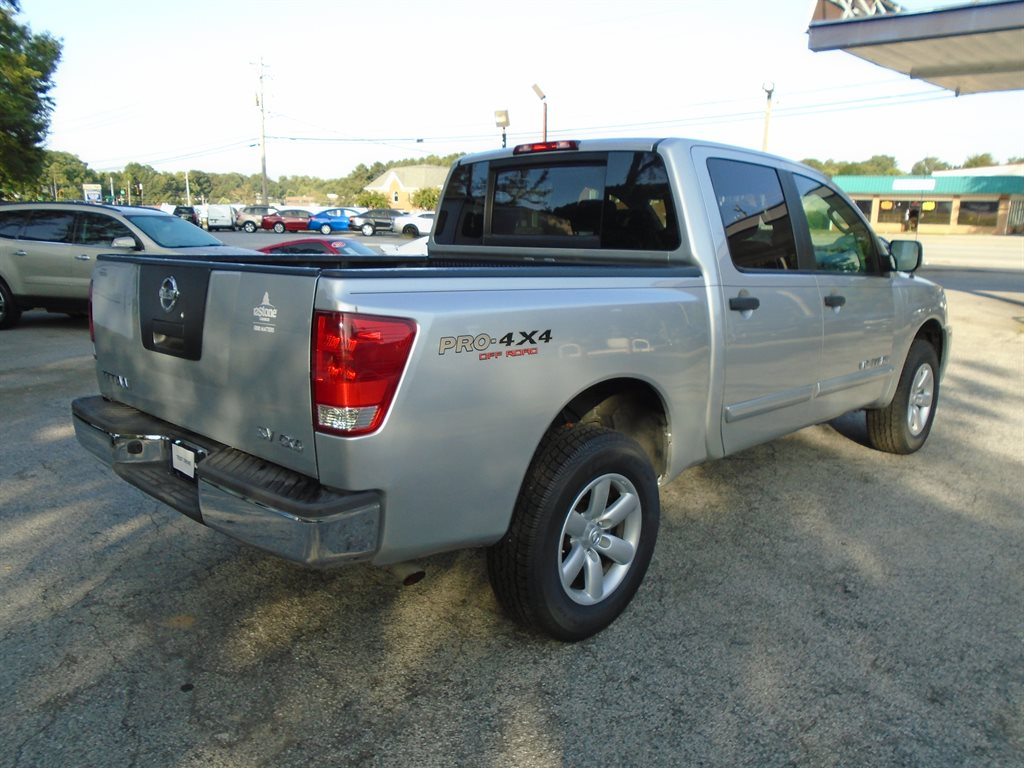 2011 Nissan Titan S photo