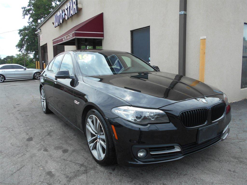 2016 BMW 5-Series 528xi photo
