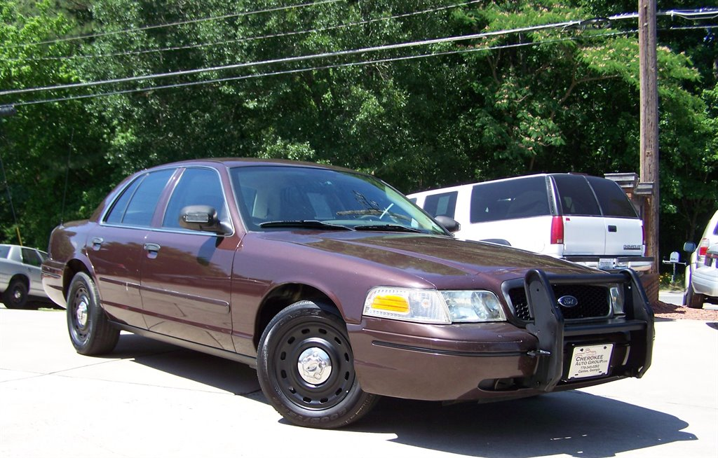 2005 Ford Crown Victoria Police Interceptor photo
