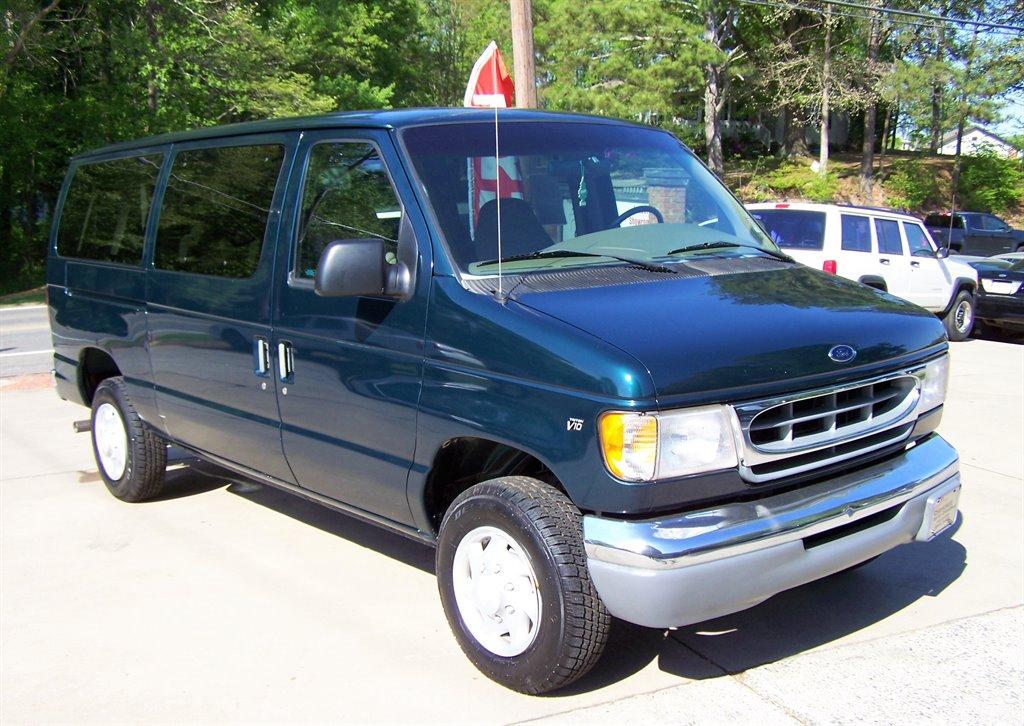 1998 Ford E-350 XLT photo