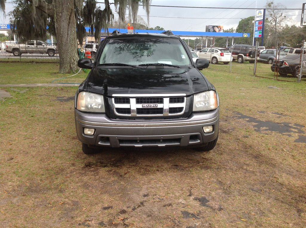 2005 Isuzu Ascender S 7 Passenger photo