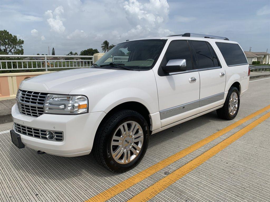 2011 Lincoln SLX photo