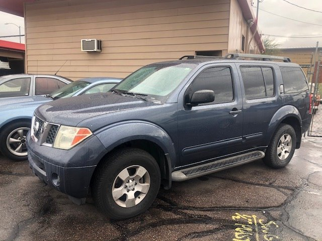 2006 Nissan Pathfinder S photo