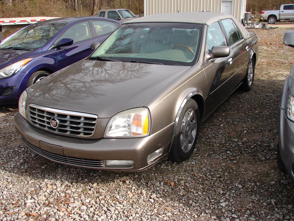 2002 Cadillac DeVille DTS photo