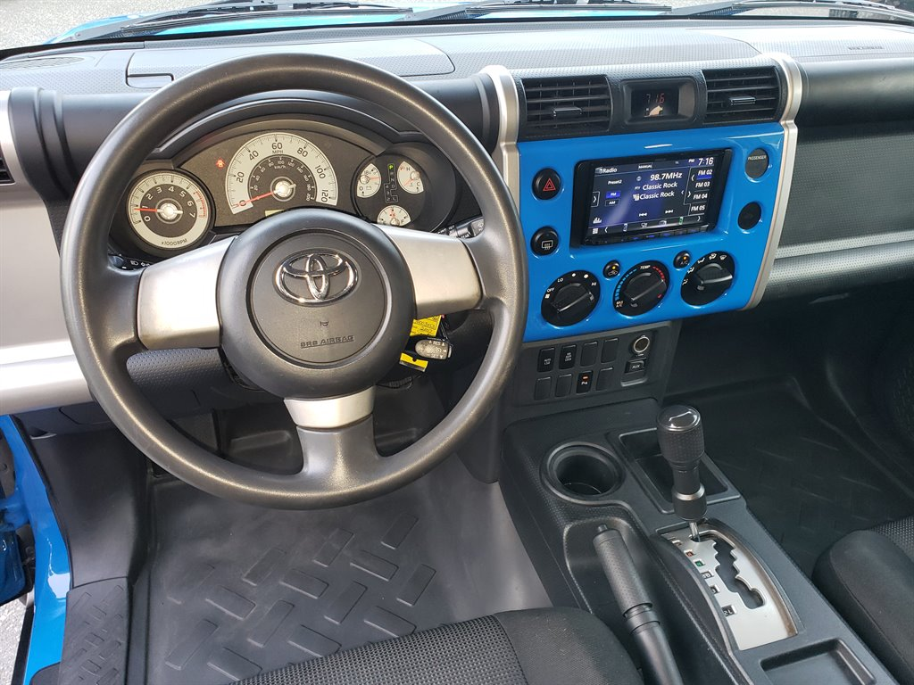 2007 Toyota FJ Cruiser photo