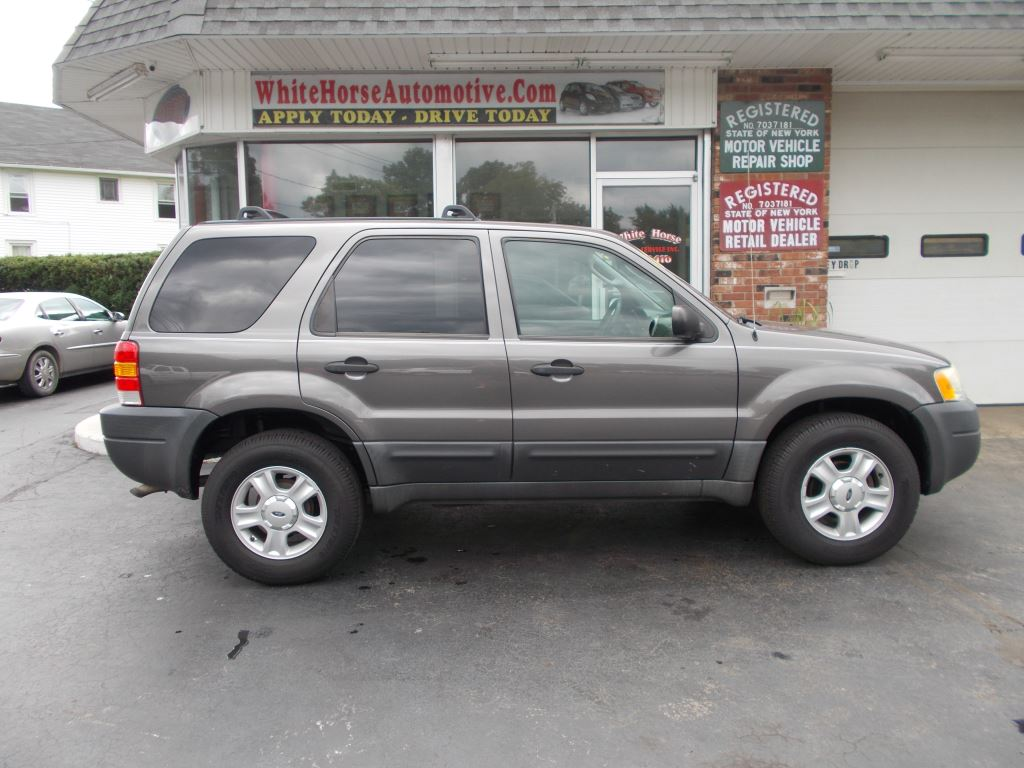 2003 Ford Escape XLT Popular 2 photo