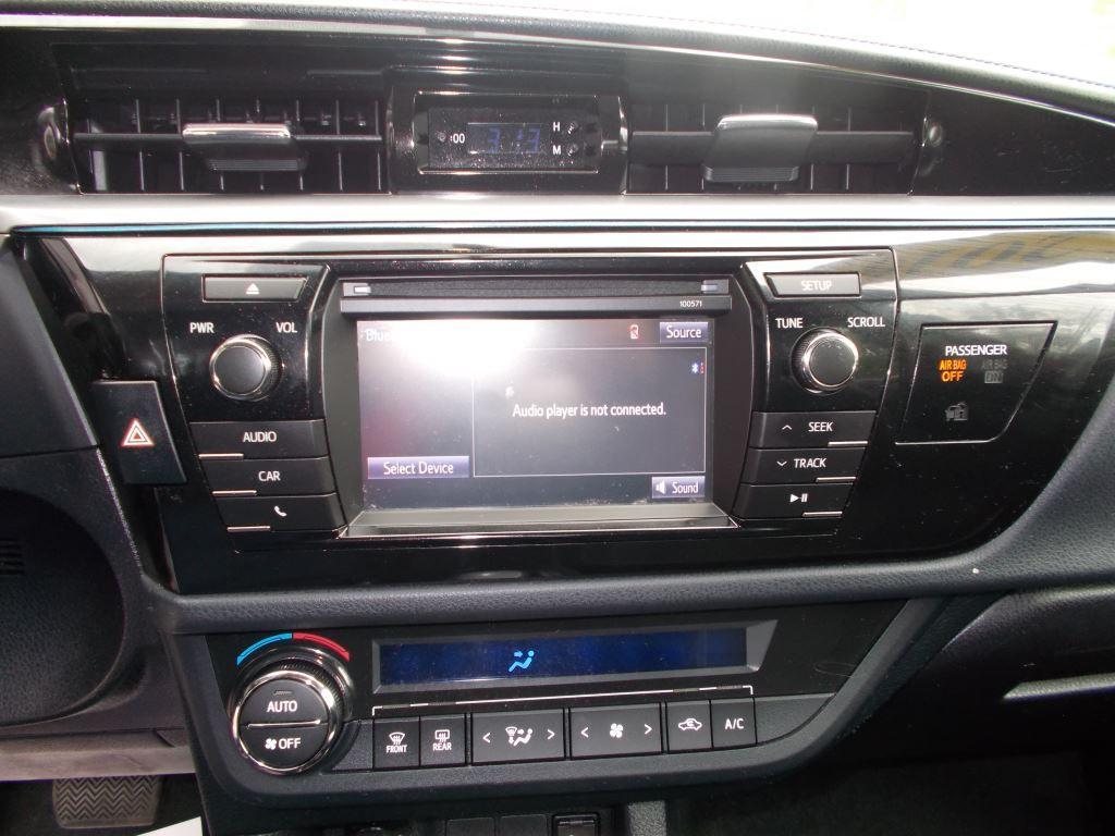 2016 Toyota Corolla  photo
