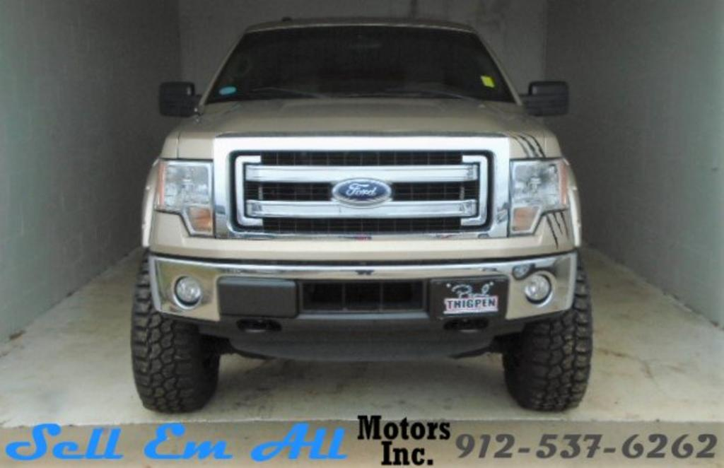 The 2014 Ford F-150 FX4 photos