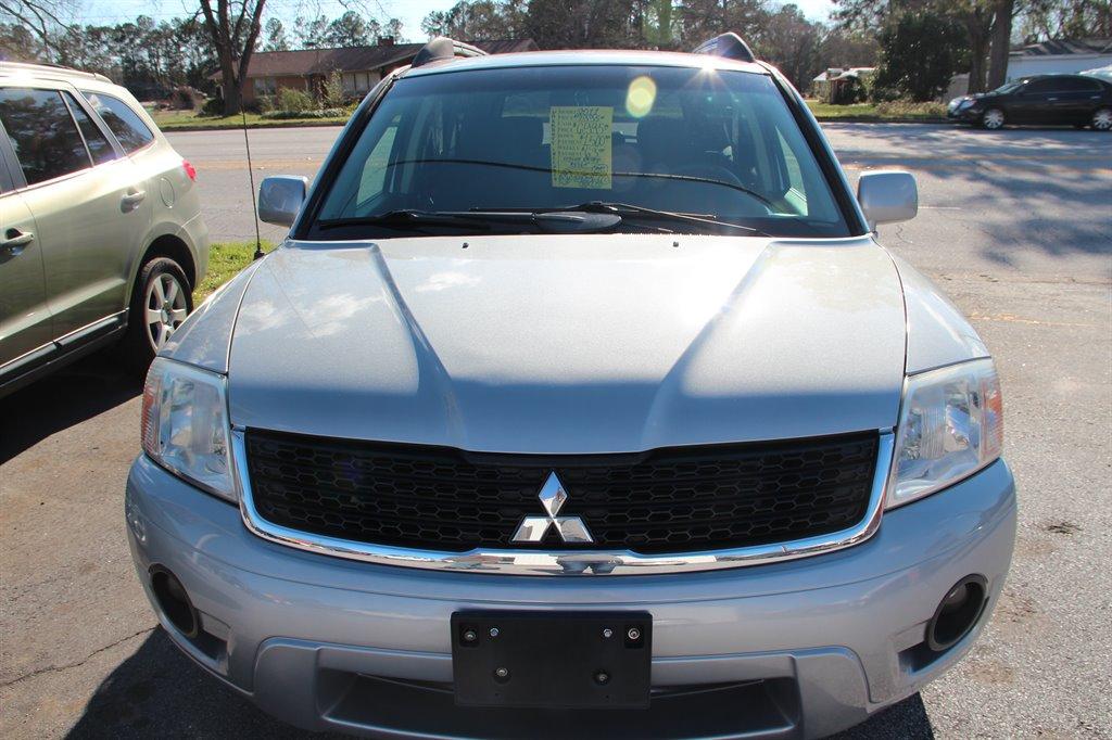 2011 Mitsubishi Endeavor LS photo