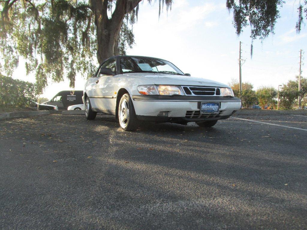 1997 Saab 900 S photo