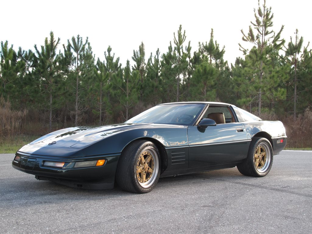 The 1991 Chevrolet Corvette photos