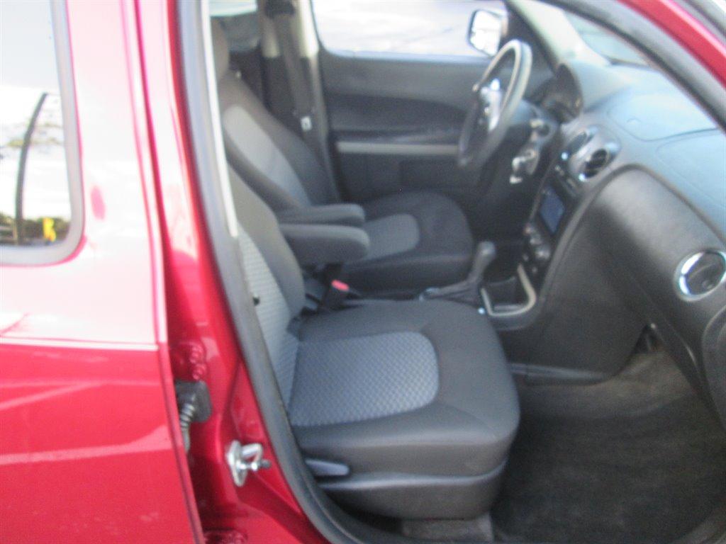 2011 Chevrolet HHR LS photo