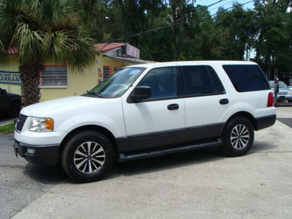 2006 Ford Expedition XLT photo
