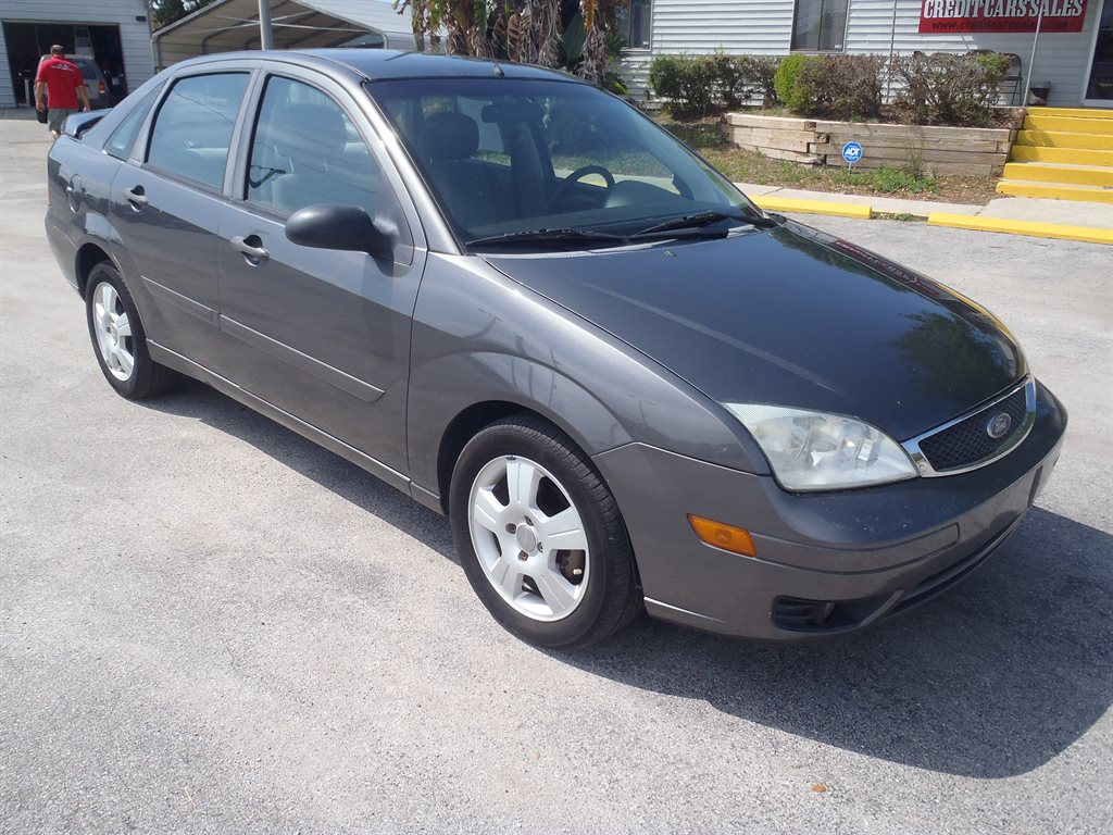 2007 Ford Focus ZX4 S photo