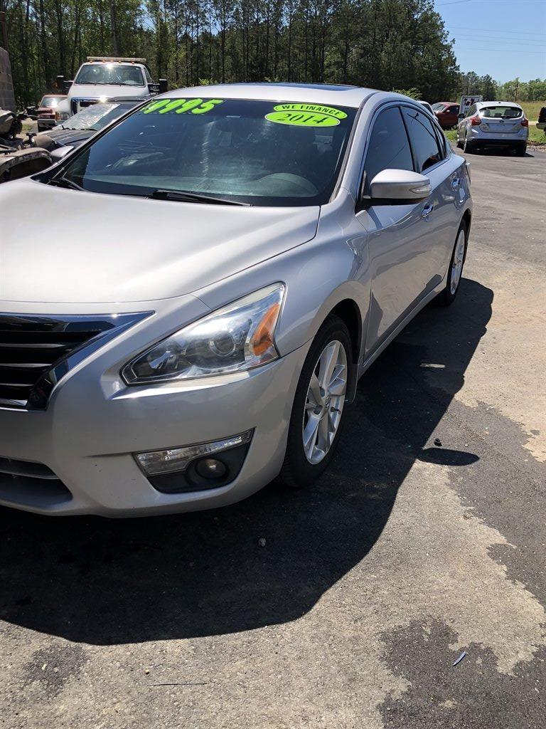 2014 Nissan Altima 2.5 photo