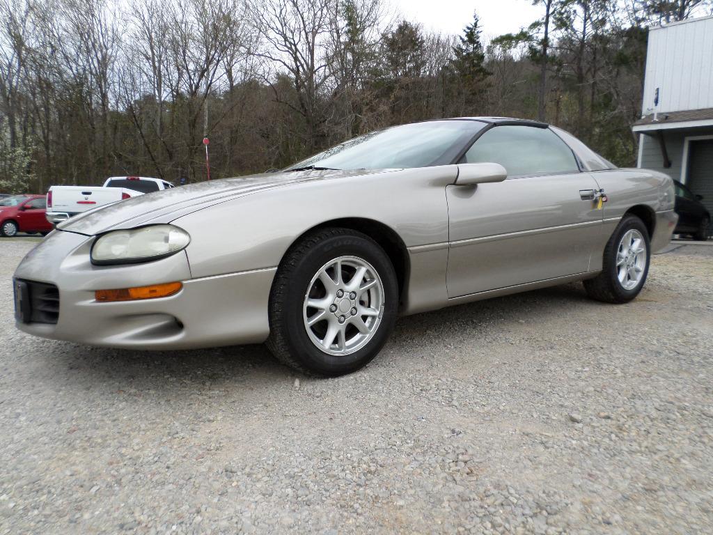 2002 Chevrolet Camaro photo