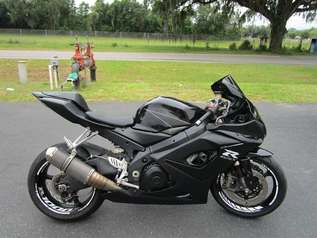 2005 Suzuki GSXR 1000  photo