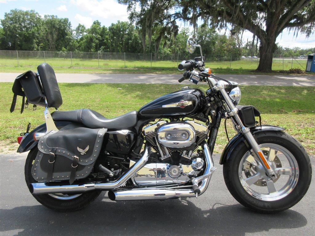 2011 Harley-Davidson XL1200C  photo