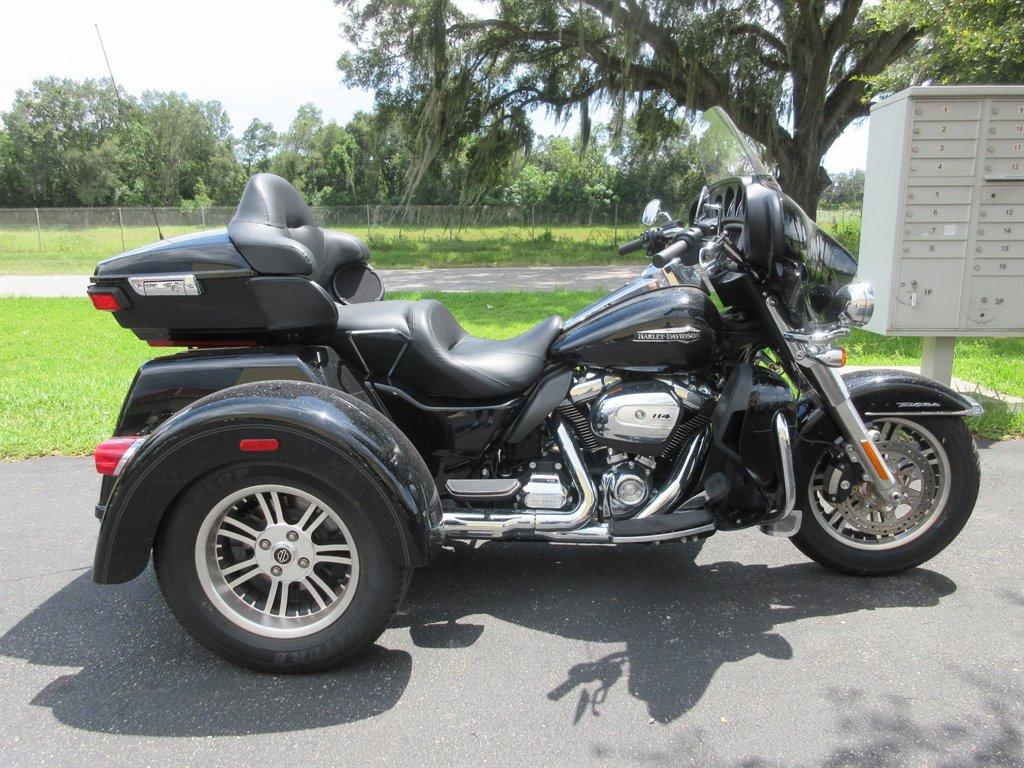 2020 Harley-Davidson Tri Glide  photo
