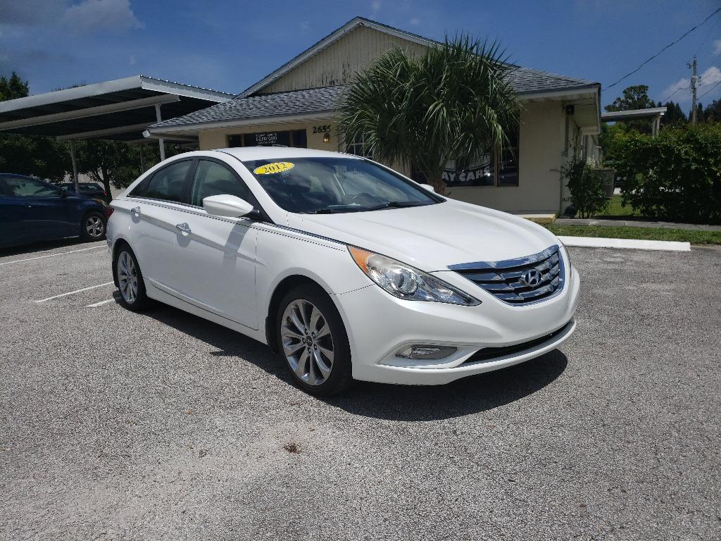2012 Hyundai Sonata SE photo