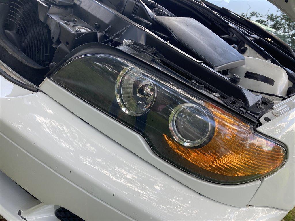 2004 BMW 3-Series 325ci photo