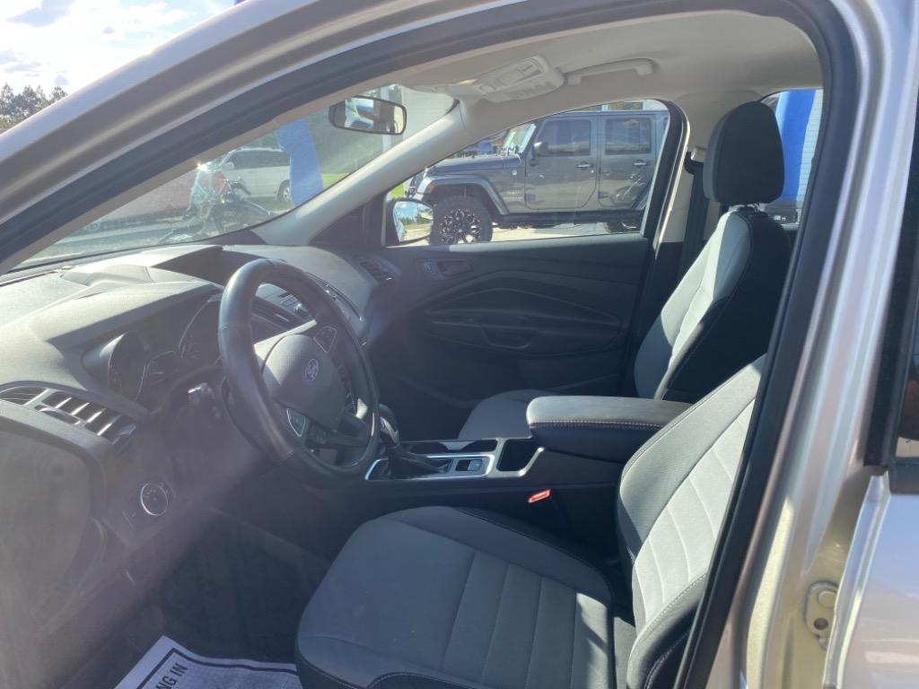 2017 Ford Escape S photo