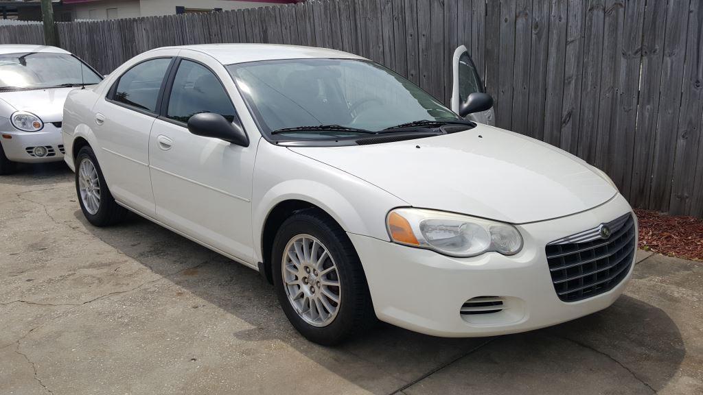 2004 Chrysler Sebring photo