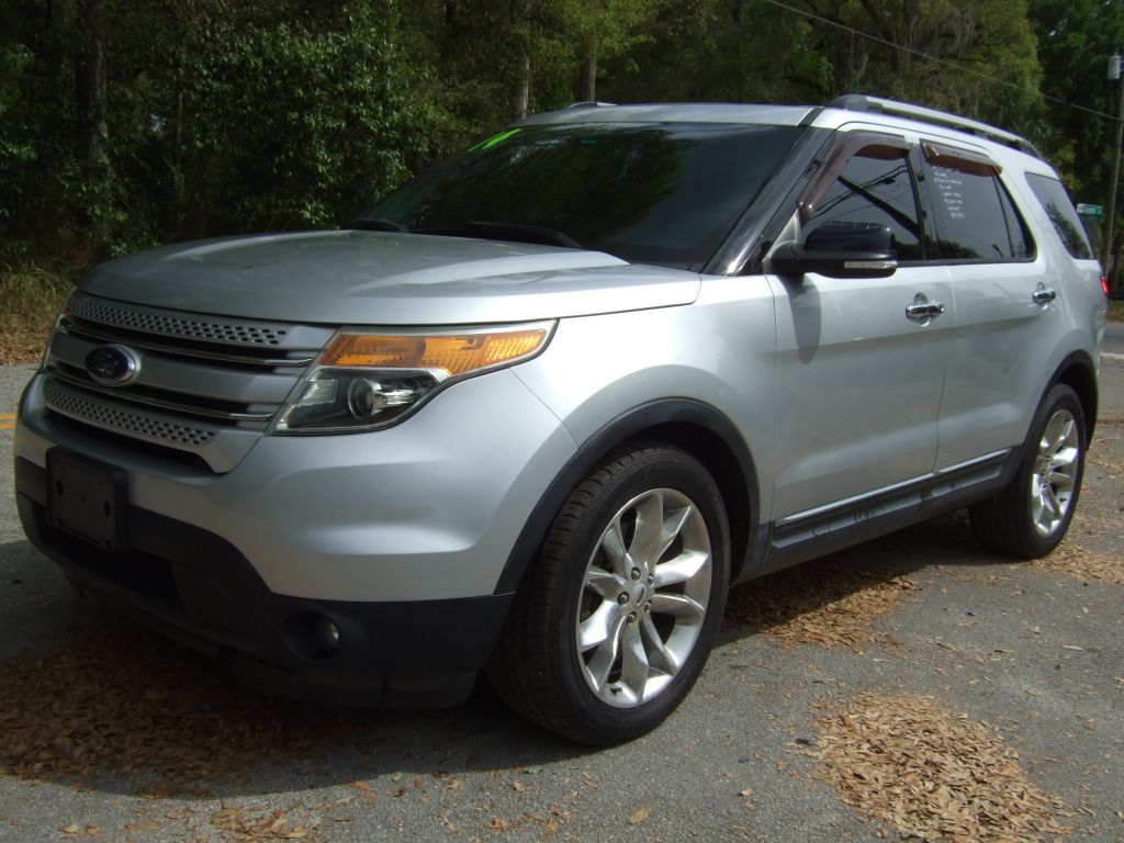 2014 Ford Explorer XLT photo