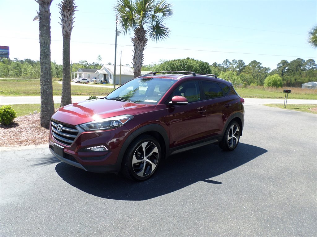 2016 Hyundai Tucson Sport photo