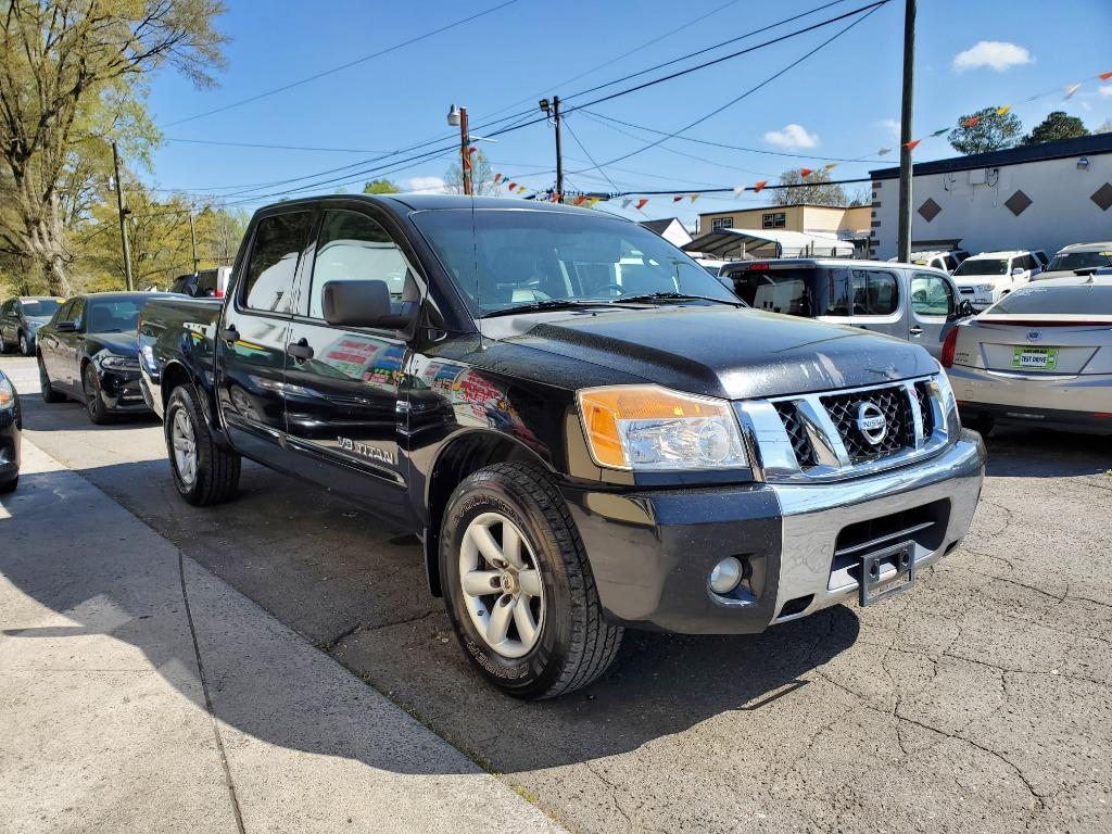 2012 Nissan Titan SV photo