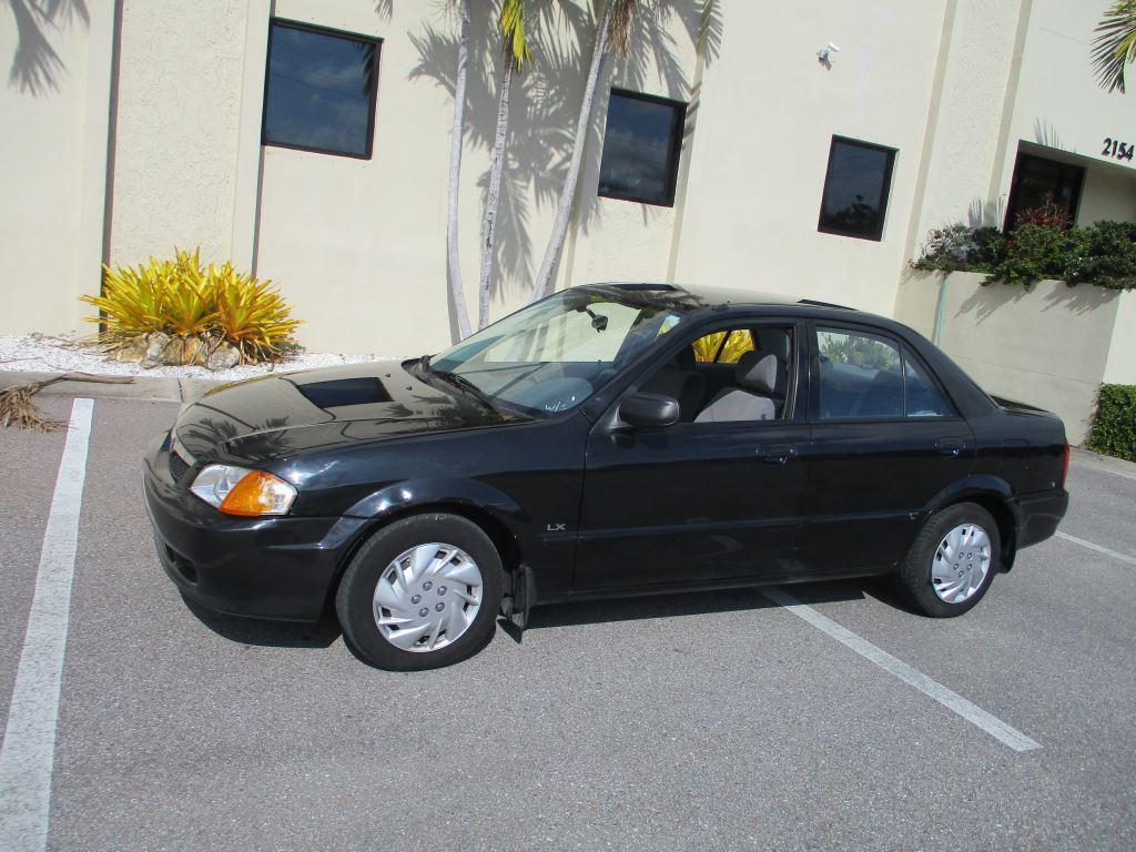2000 Mazda Protege DX photo