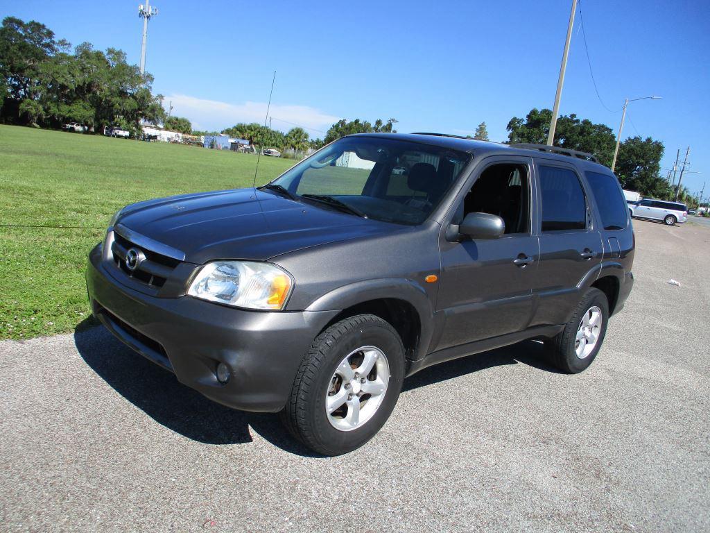 2005 Mazda Tribute s photo