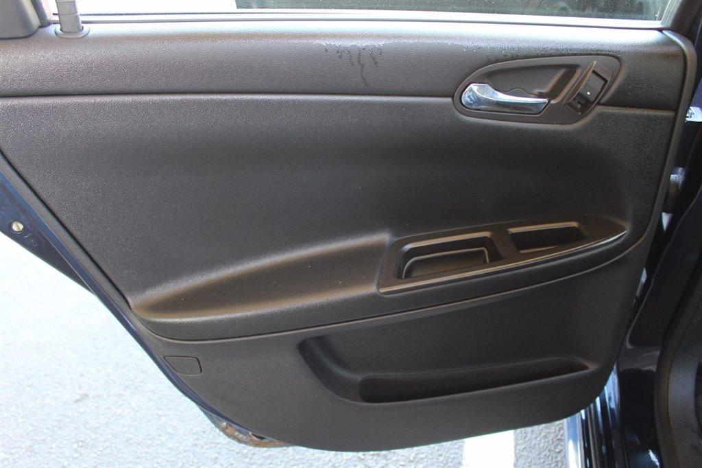 2009 Chevrolet Impala LT photo