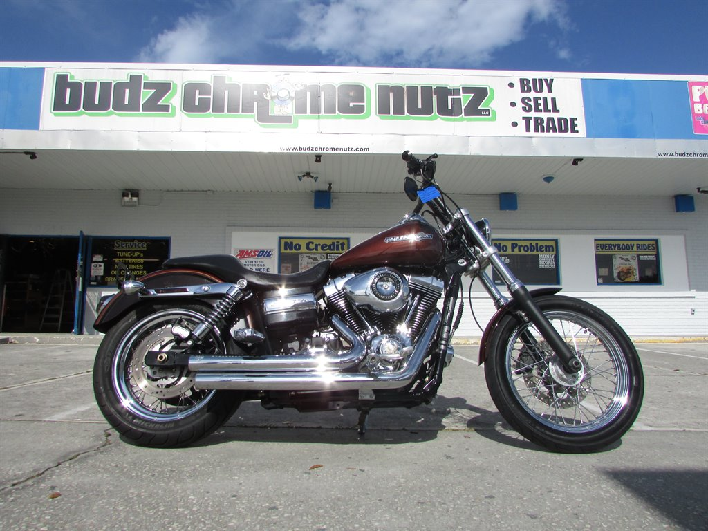 2011 Harley-Davidson Dyna Super Glide CUS Cruiser photo