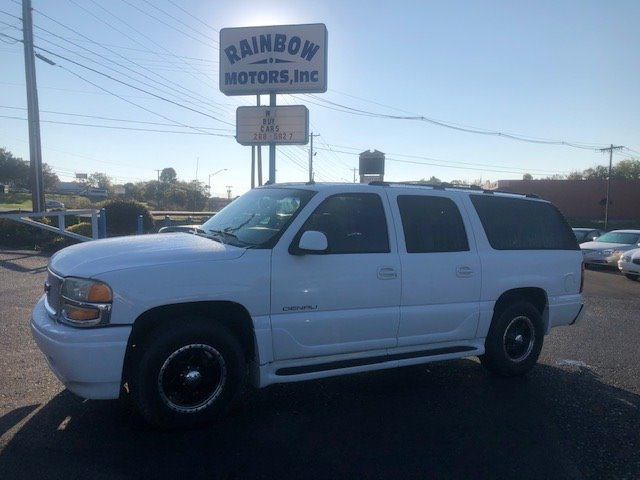 2003 GMC Yukon XL Denali photo