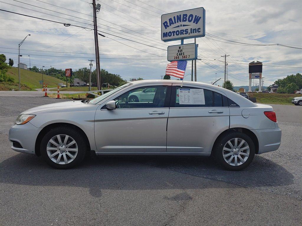 2012 Chrysler 200 LX photo