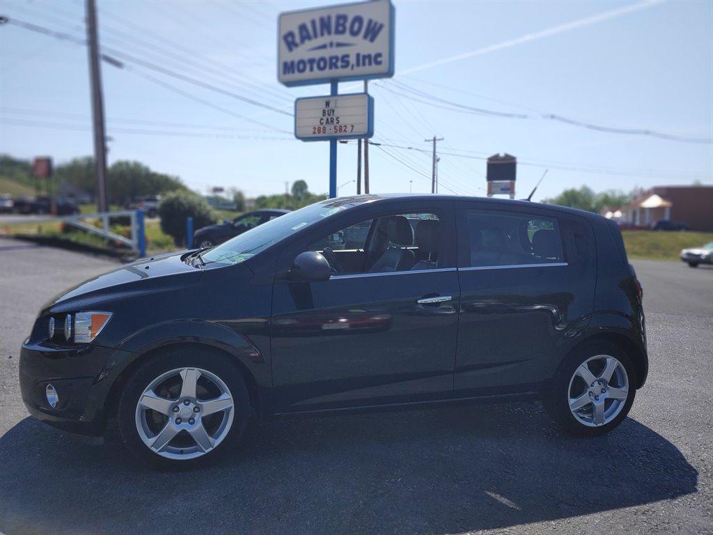 The 2014 Chevrolet Sonic LTZ Auto photos