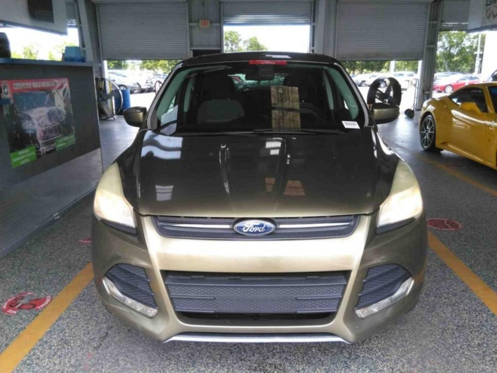 2013 Ford Escape SE photo