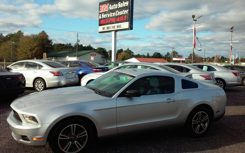 2011 Ford Mustang V6 Premium photo