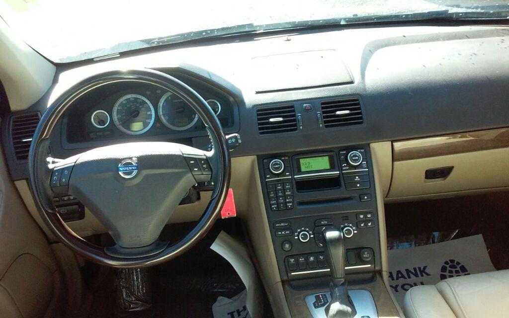 2011 Volvo XC90 3.2 photo