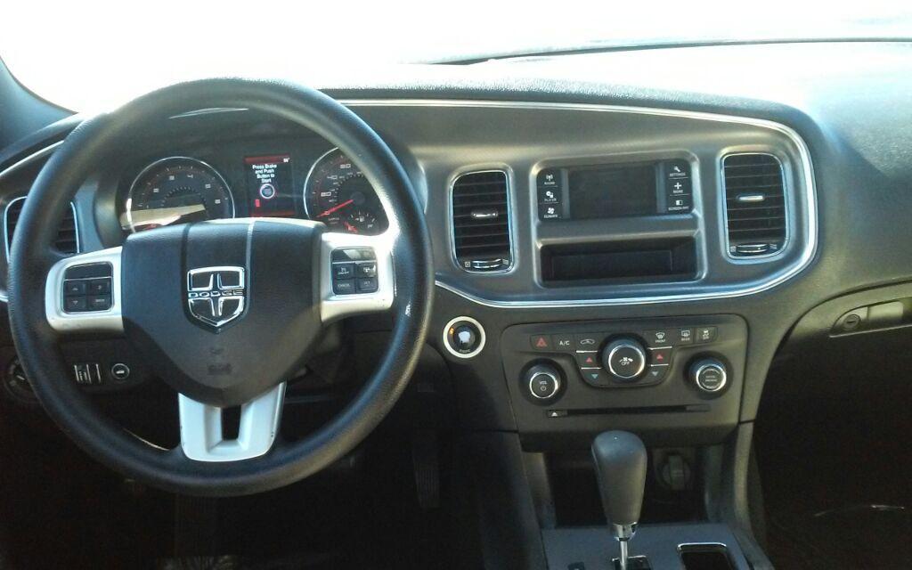 2014 Dodge Charger SE photo
