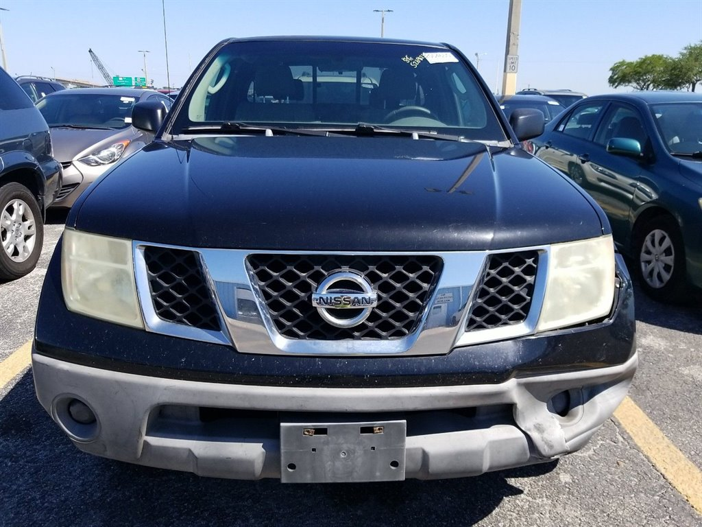 2006 Nissan Frontier XE photo